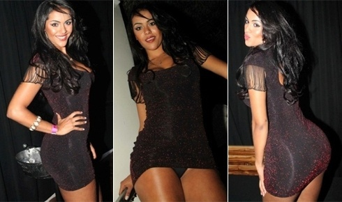 Aline Bernardes abalou com um vestido curto e colado no corpo em show em SP