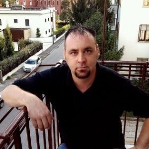 """Eu atirei a minha mãe da janela, foi minha culpa"", afirmou Coletti"